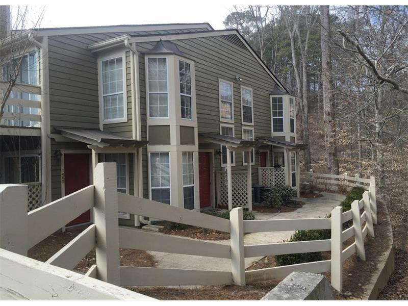 1407 Riverview Drive #1407, Marietta, GA 30067 (MLS #5761430) :: North Atlanta Home Team