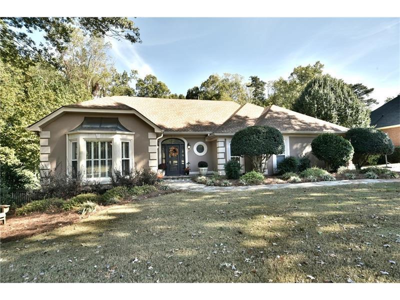 890 Saddle Ridge Trace, Roswell, GA 30076 (MLS #5762128) :: North Atlanta Home Team