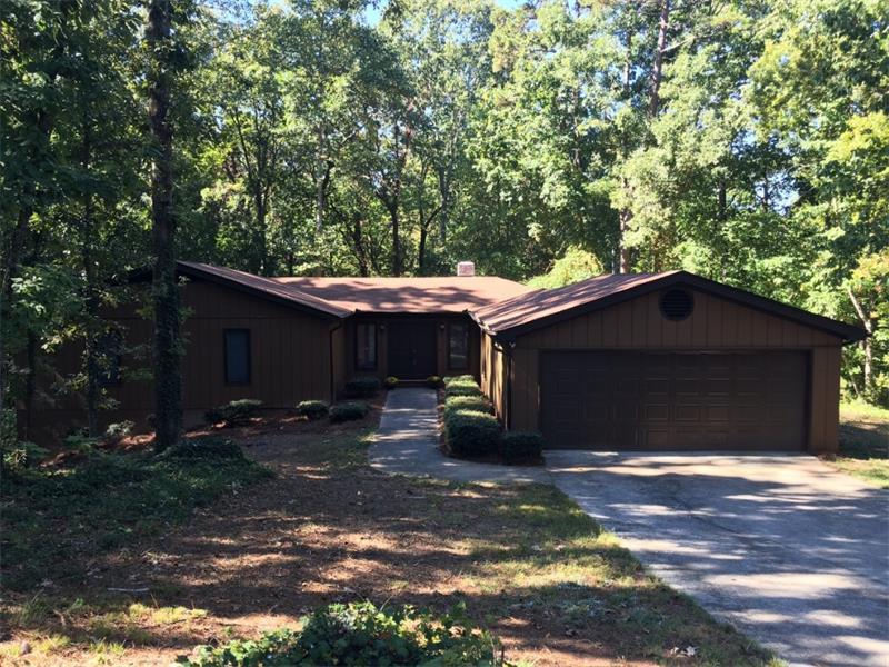 5527 Hidden Harbor Drive, Gainesville, GA 30504 (MLS #5762215) :: North Atlanta Home Team