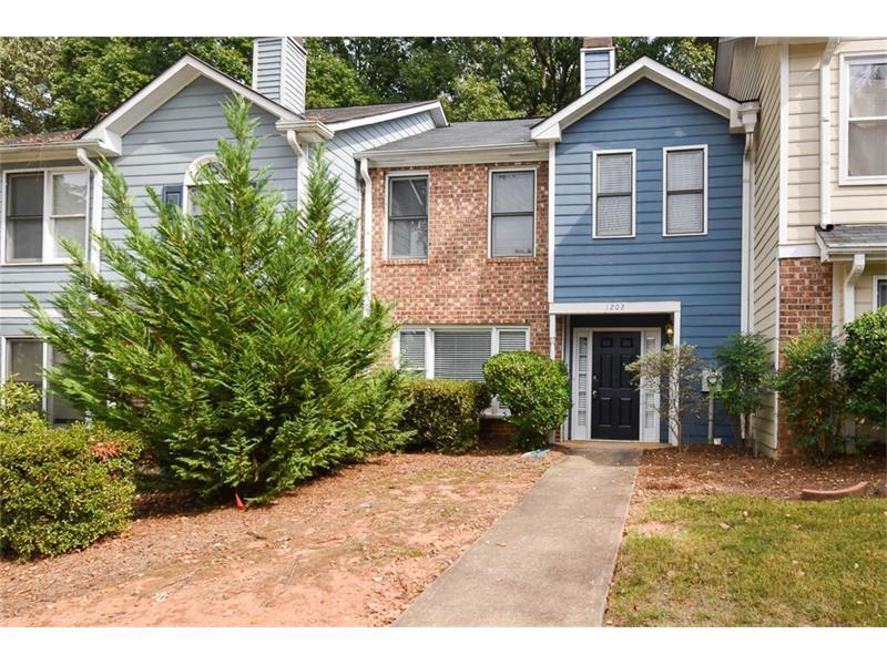 1202 Shiloh Circle NW, Kennesaw, GA 30144 (MLS #5762255) :: North Atlanta Home Team