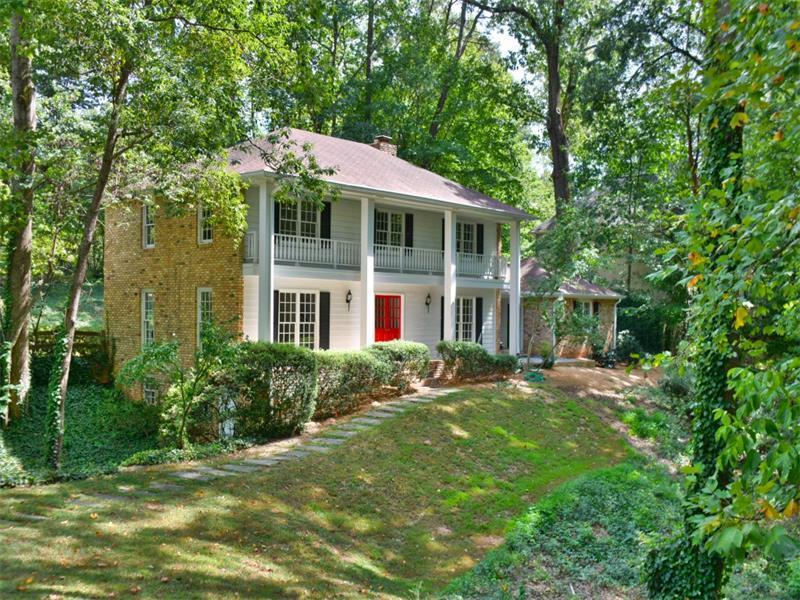 7135 Brandon Mill Road, Sandy Springs, GA 30328 (MLS #5762382) :: North Atlanta Home Team