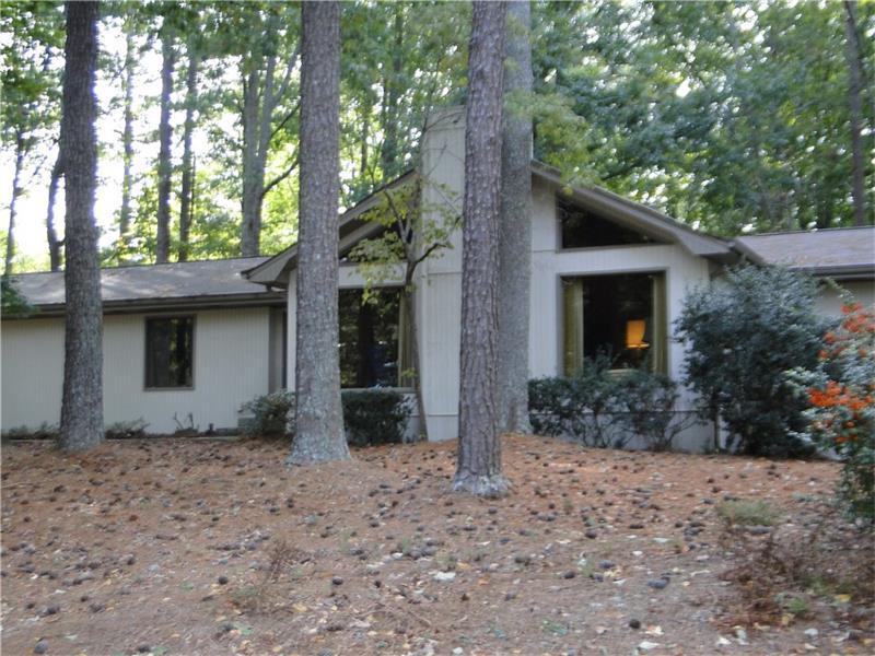 5415 Hidden Harbor Drive, Gainesville, GA 30504 (MLS #5762501) :: North Atlanta Home Team