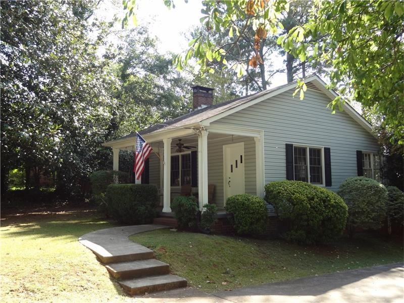 391 Stewart Avenue NW, Marietta, GA 30064 (MLS #5762633) :: North Atlanta Home Team