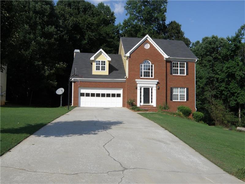 800 Somerset Vale Drive, Lawrenceville, GA 30044 (MLS #5762684) :: North Atlanta Home Team