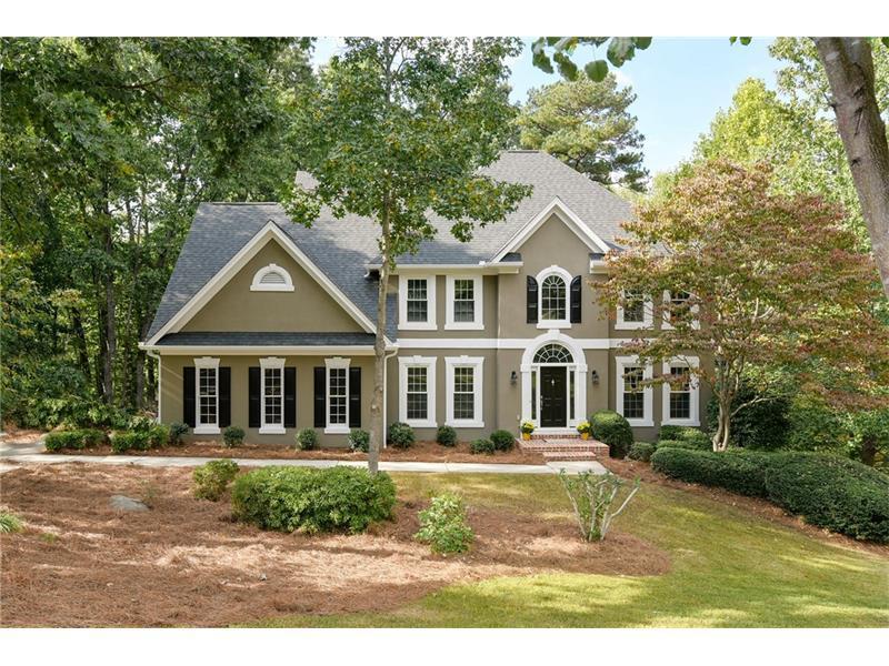 125 Cromdale Court, Roswell, GA 30075 (MLS #5762699) :: North Atlanta Home Team