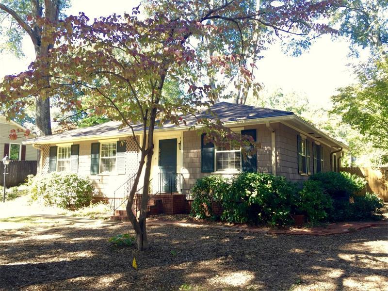288 Cascade Drive, Marietta, GA 30064 (MLS #5762903) :: North Atlanta Home Team