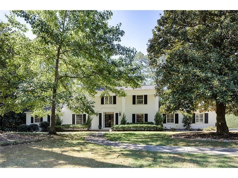3165 Spalding Drive, Sandy Springs, GA 30350 (MLS #5762993) :: North Atlanta Home Team