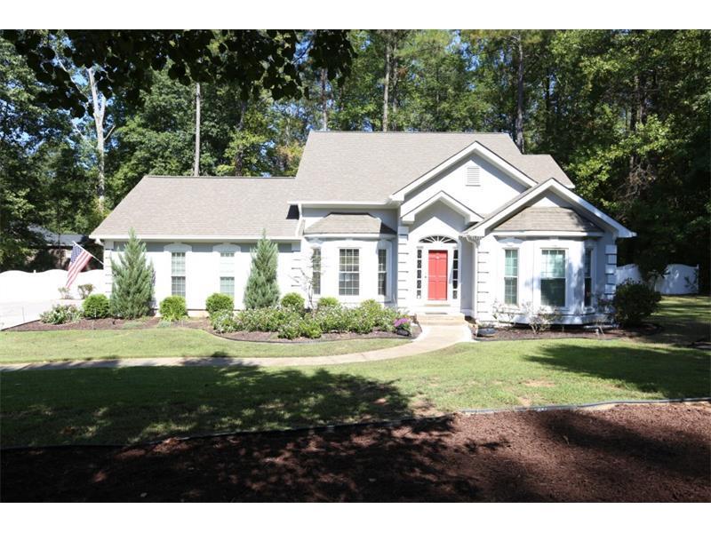 3008 Summit Drive, Jonesboro, GA 30236 (MLS #5763060) :: North Atlanta Home Team