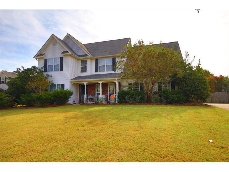 6137 Devonshire Drive, Flowery Branch, GA 30542 (MLS #5763082) :: North Atlanta Home Team