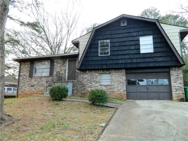 1442 High Meadow Drive, Stone Mountain, GA 30083 (MLS #5763147) :: North Atlanta Home Team