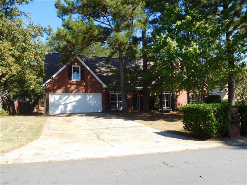 950 Sunhill Drive, Lawrenceville, GA 30043 (MLS #5763251) :: North Atlanta Home Team