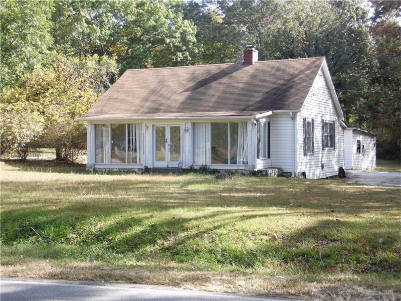 5953 Rockbridge Road, Stone Mountain, GA 30087 (MLS #5763425) :: North Atlanta Home Team