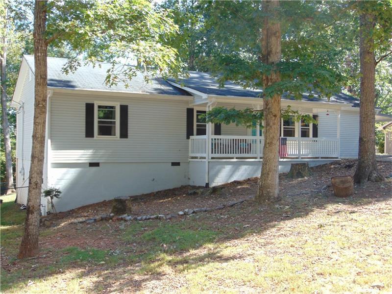 3940 Bark Camp Place, Gainesville, GA 30506 (MLS #5763596) :: North Atlanta Home Team