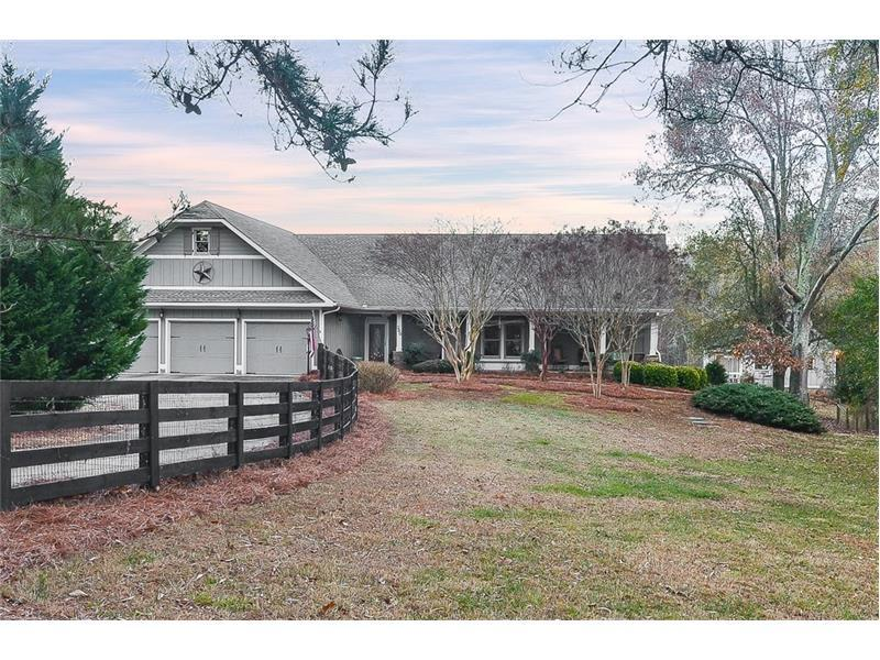 300 Hube Turner Road, Canton, GA 30115 (MLS #5789353) :: Carrington Real Estate Services