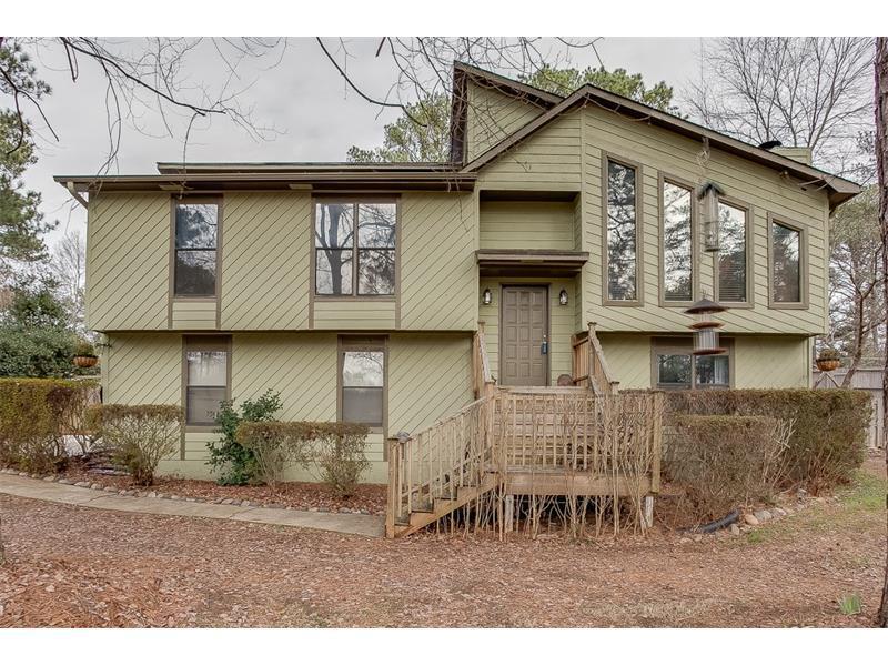 3074 Sawgrass Trail, Lilburn, GA 30047 (MLS #5789635) :: Carrington Real Estate Services
