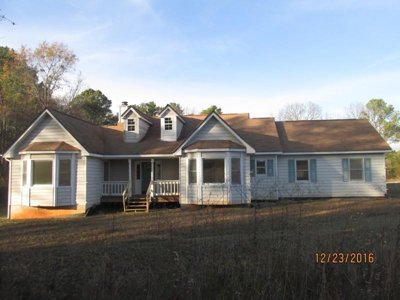 935 Little River Road, Social Circle, GA 30025 (MLS #5789958) :: Carrington Real Estate Services
