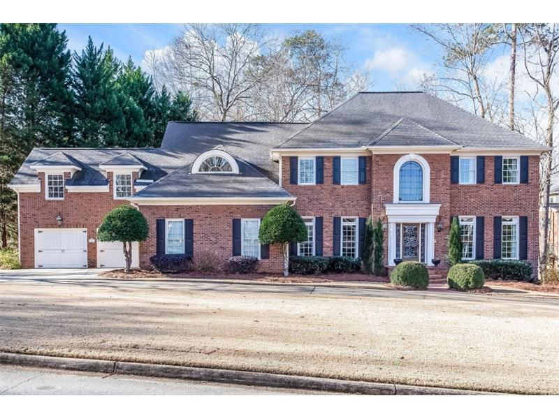 1650 Lazy River Lane, Sandy Springs, GA 30350 (MLS #5789967) :: Carrington Real Estate Services
