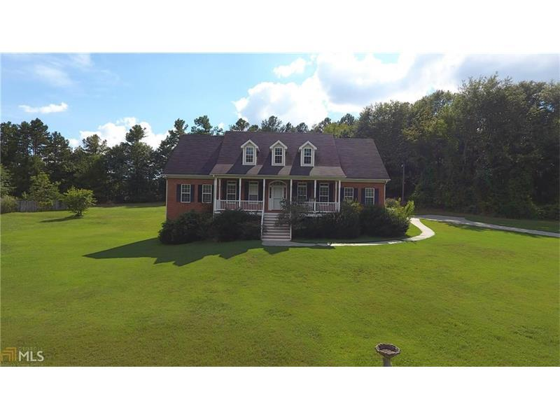 440 Hope Hollow Road, Loganville, GA 30052 (MLS #5790304) :: Carrington Real Estate Services