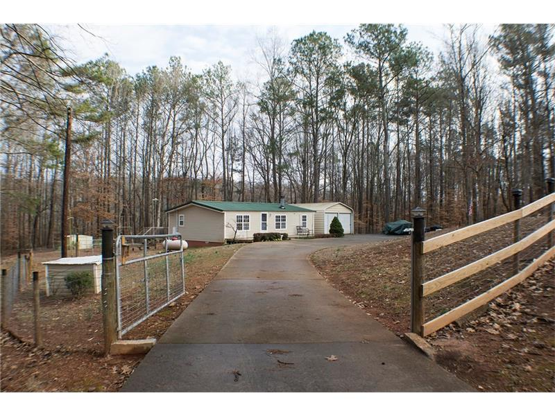 30 Lakeview Court, Temple, GA 30179 (MLS #5802999) :: Carrington Real Estate Services