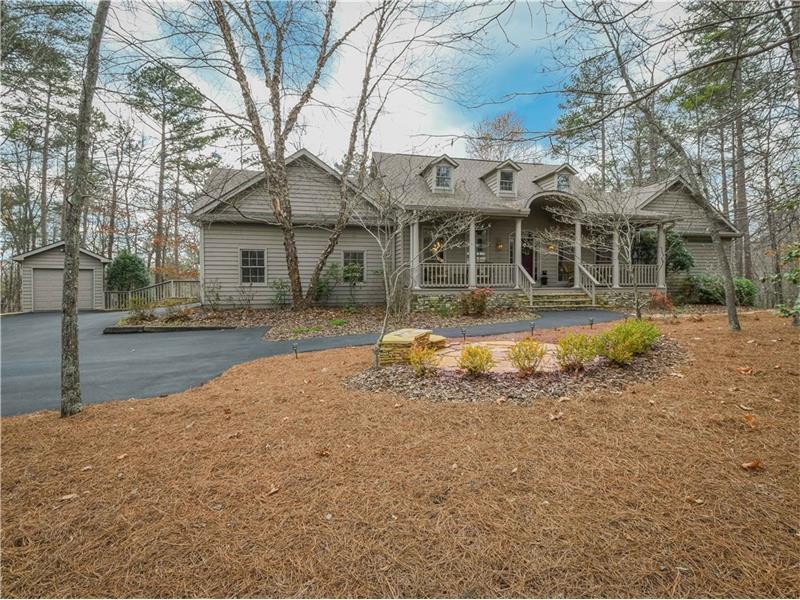 916 Hunters Trace, Big Canoe, GA 30143 (MLS #5815936) :: Carrington Real Estate Services