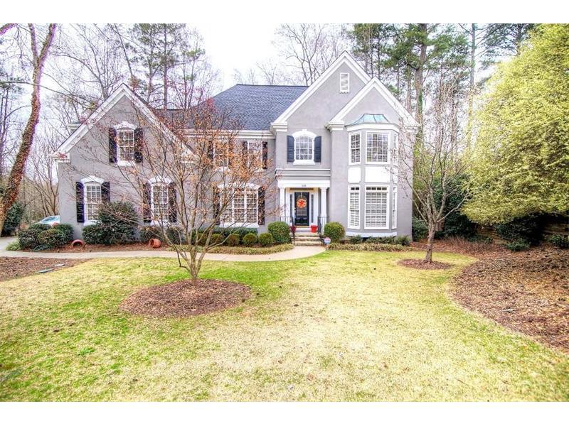 335 Fernly Park Drive, Johns Creek, GA 30022 (MLS #5818724) :: Carrington Real Estate Services