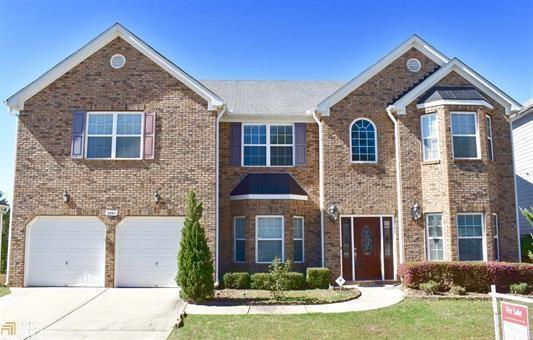 5593 Dendy Trace, Fairburn, GA 30213 (MLS #5946349) :: Carr Real Estate Experts
