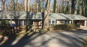 4955 Powers Ferry Road NW, Atlanta, GA 30327 (MLS #5948431) :: Carr Real Estate Experts