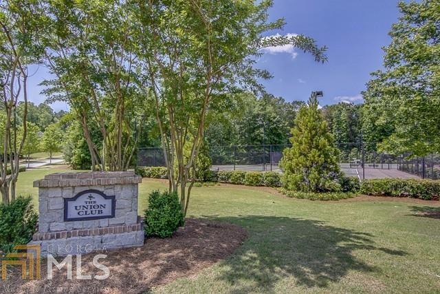5618 Livesage Drive, Atlanta, GA 30349 (MLS #5952224) :: North Atlanta Home Team