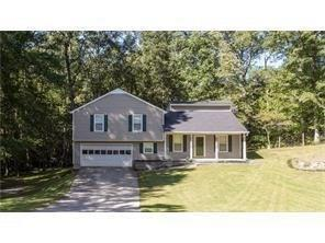 1622 Highland Court, Auburn, GA 30011 (MLS #5957798) :: The Zac Team @ RE/MAX Metro Atlanta