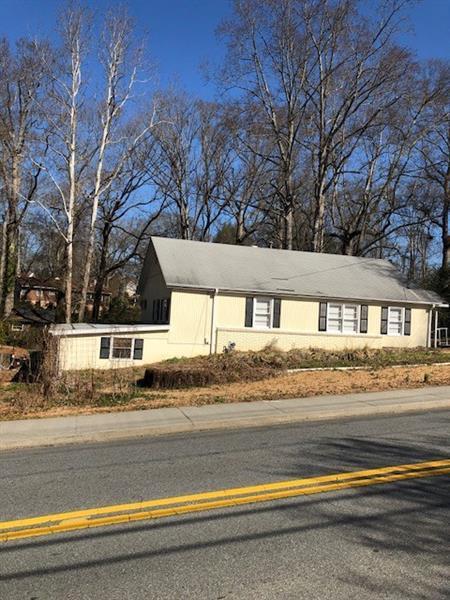 1159 Powder Springs Street SE, Smyrna, GA 30080 (MLS #5959651) :: North Atlanta Home Team