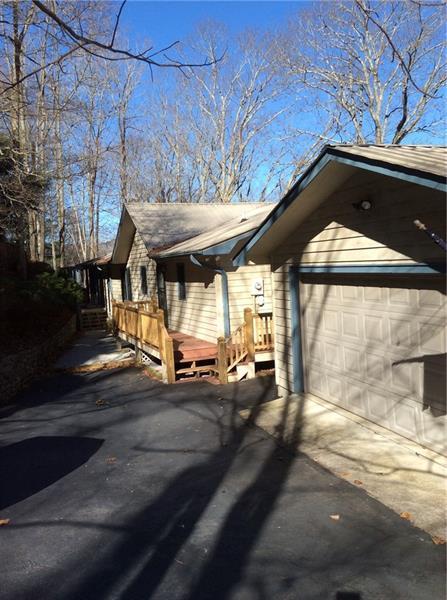 778 Walnut Mountain Road, Rabun Gap, GA 30568 (MLS #5962981) :: RE/MAX Paramount Properties