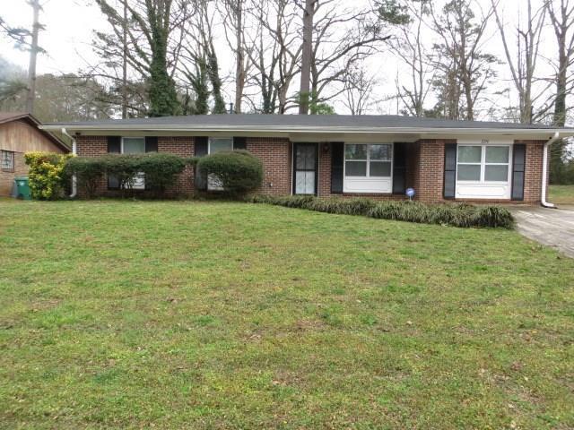 2216 Emerald Castle Drive, Decatur, GA 30035 (MLS #5964420) :: The Justin Landis Group