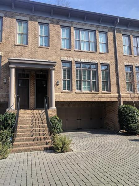 811 Highland Green Way NE, Atlanta, GA 30306 (MLS #5964885) :: North Atlanta Home Team