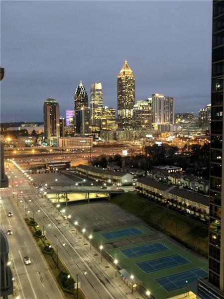 361 17th Street #1605, Atlanta, GA 30363 (MLS #5965832) :: The Justin Landis Group