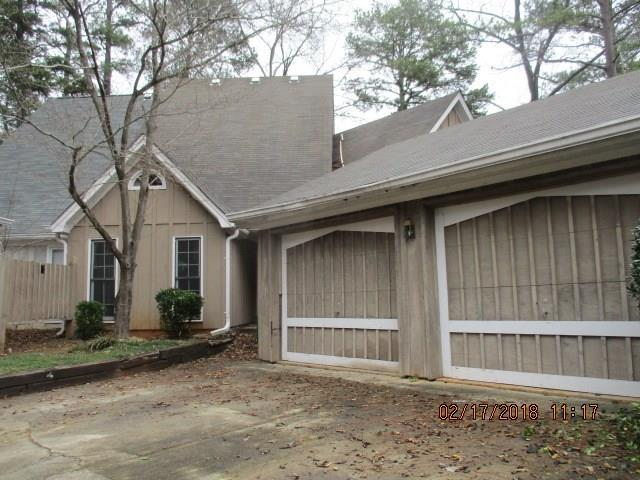 5089 Highland Hills Court, Stone Mountain, GA 30088 (MLS #5966687) :: Willingham Group