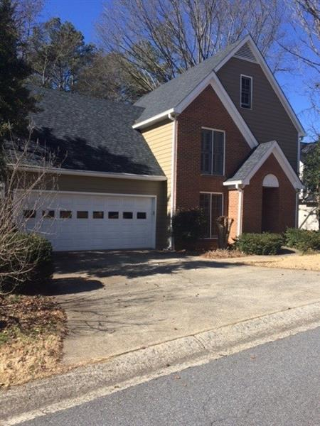 629 Oakledge Drive NW, Marietta, GA 30060 (MLS #5967307) :: Carr Real Estate Experts