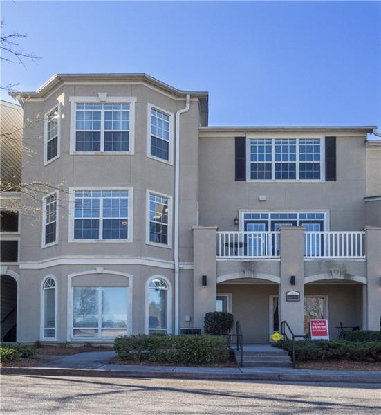 2015 Barrett Lakes Boulevard #115, Kennesaw, GA 30144 (MLS #5976423) :: Kennesaw Life Real Estate