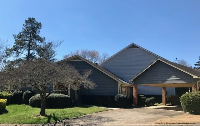 3551 Strathmore Drive, Duluth, GA 30096 (MLS #5976837) :: North Atlanta Home Team