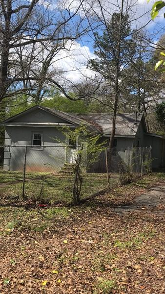 2977 5th Street SW, Atlanta, GA 30315 (MLS #5980263) :: Iconic Living Real Estate Professionals
