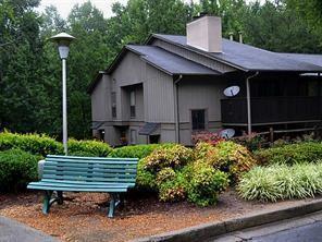 2303 Cumberland Court #2303, Smyrna, GA 30080 (MLS #5982921) :: Carr Real Estate Experts