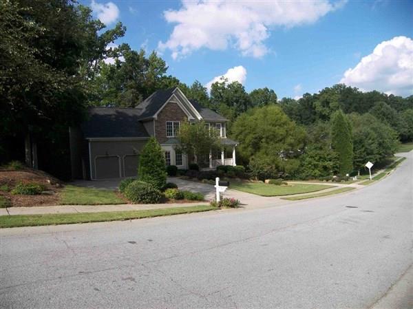 582 Braidwood Drive NW, Acworth, GA 30101 (MLS #5983792) :: Carr Real Estate Experts