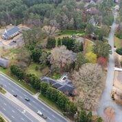 1900 Woodstock Road, Roswell, GA 30075 (MLS #5984608) :: RE/MAX Paramount Properties