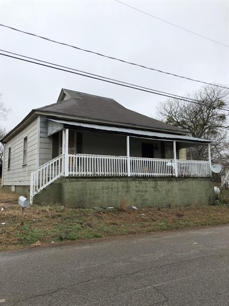 83 Elm Street, Griffin, GA 30223 (MLS #5985158) :: Carr Real Estate Experts