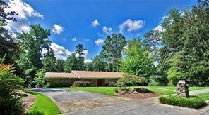 1521 Victoria Falls Drive, Atlanta, GA 30329 (MLS #5991702) :: Good Living Real Estate