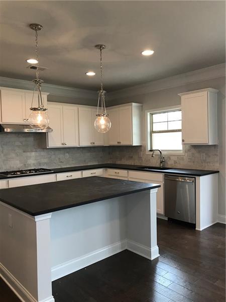 131 Grand Oaks Drive, Canton, GA 30115 (MLS #5992147) :: Path & Post Real Estate