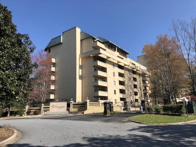 1960 Spectrum Circle NE Unit 6, Marietta, GA 30067 (MLS #5993098) :: Carr Real Estate Experts