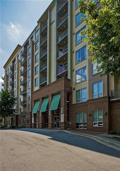 711 Cosmopolitan Drive NE #823, Atlanta, GA 30324 (MLS #5995070) :: Buy Sell Live Atlanta