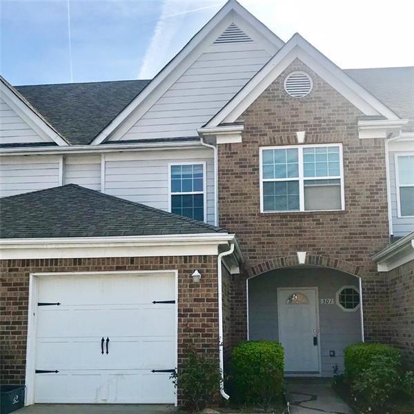 301 Village Drive, Loganville, GA 30052 (MLS #5995652) :: Carr Real Estate Experts