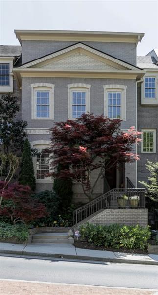 2004 Kensington Green Drive SE, Smyrna, GA 30080 (MLS #5997814) :: Carr Real Estate Experts