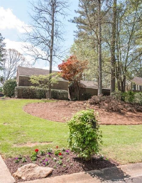 3090 W Somerset Court SE, Marietta, GA 30067 (MLS #5998448) :: Kennesaw Life Real Estate